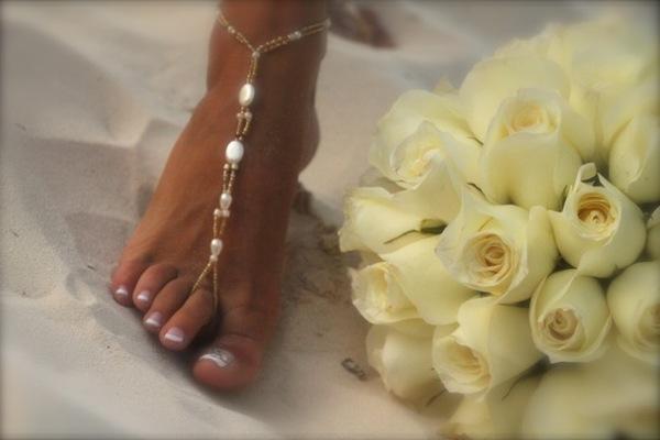 beach barefoot sandals