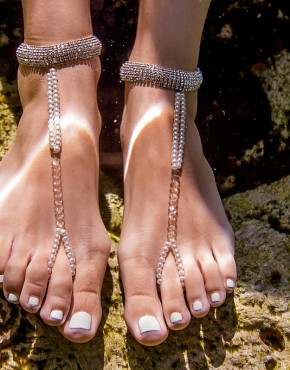 barefoot-sandals-destination-wedding