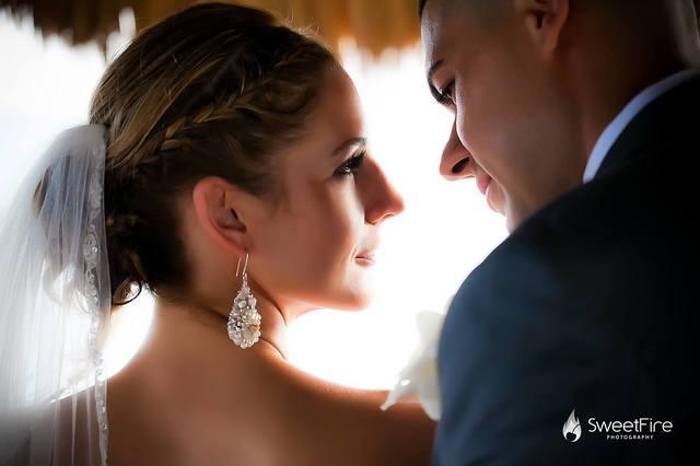 rhinestone-pearl-wedding-earrings-beach-wedding-chelsea-bond-jewelry