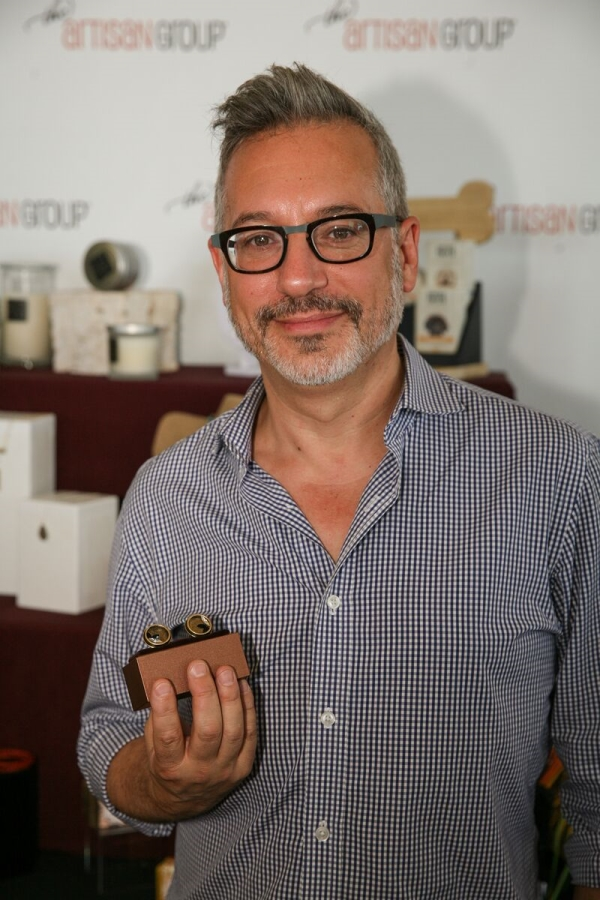 Jeremy Podeswa at GBK Gifting Suite with Chelsea Bond Jewelry cufflinks