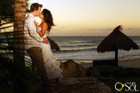 Trash the dress with Chelsea Bond and Del Sol Photography in Mexico