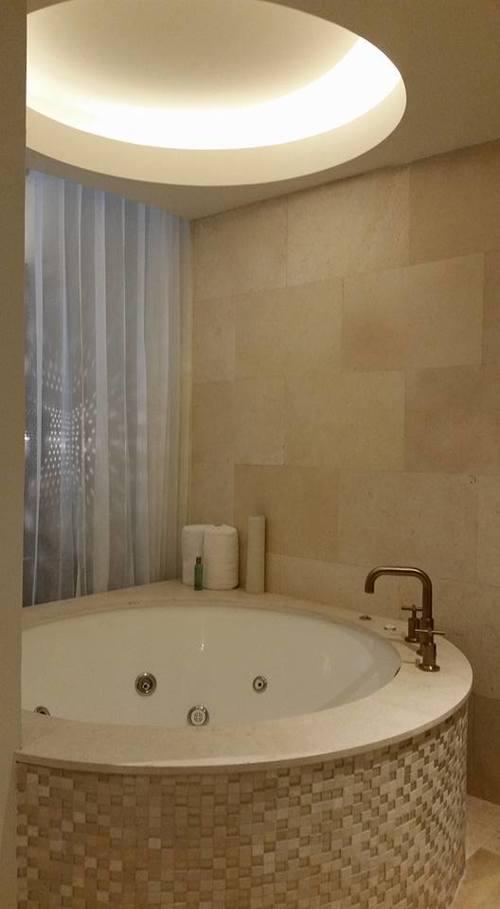 bathroom-secrets-riviera-maya-akumal