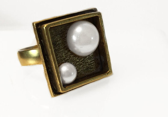 pearl ring with brass