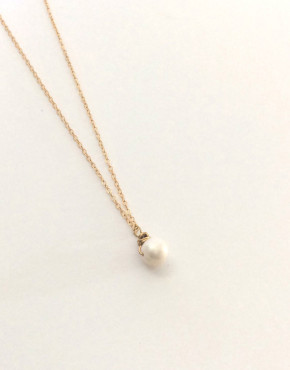 single-pearl-necklace