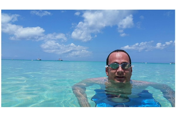 Seven Mile Beach snorkelling in Grand Cayman.