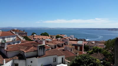 views-of-the-tagus-river-from-miradouro