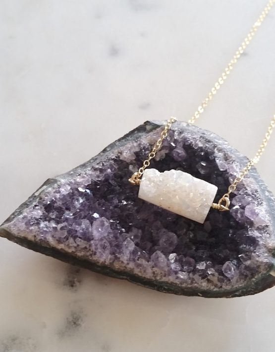 agate and gold necklace
