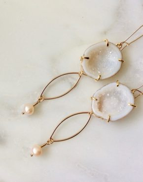 WHITE DRUZY GEODE EARRINGS WITH GOLD AND PEARLS