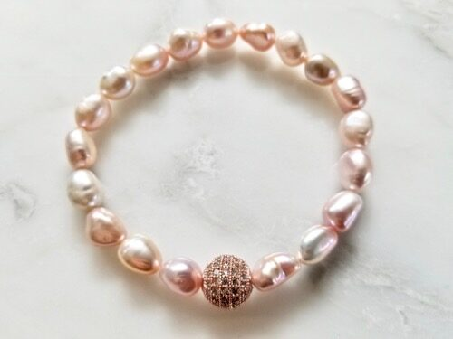 PEARL BRACELET WITH CRYSTAL BEAD