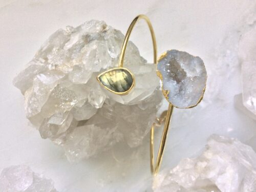 gold bangle white stone